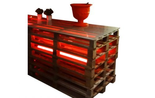 pallet bar small with light